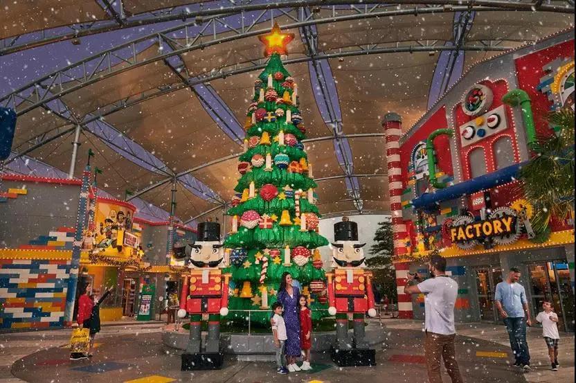 迪拜乐高乐园推出圣诞Bricktacular活动