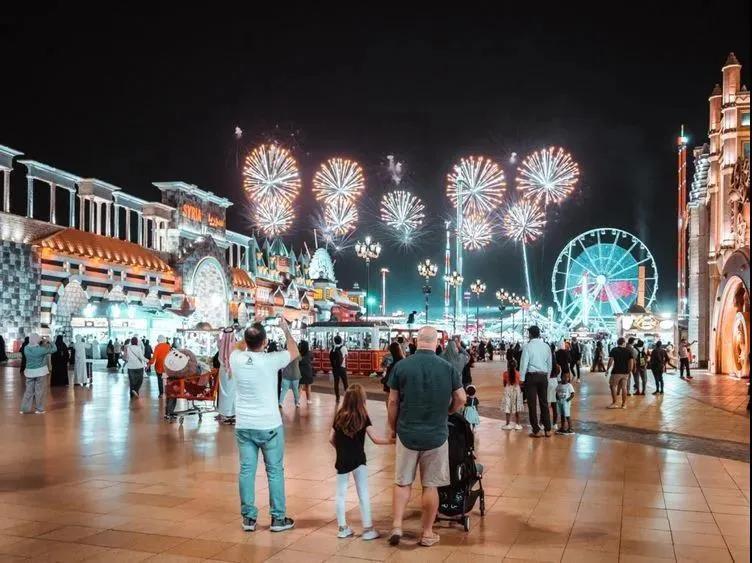 迪拜地球村乐园公布新年庆祝活动