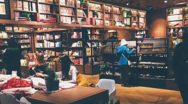 独特的书店陈设、营销方式